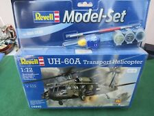 REVELL UH - 60A TRANSPORT HELICOPTER 1:72 SCALE MODEL SET