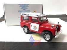 Land Rover II Bomberos de Barcelona (ESPAÑA) POMPIERS - 1:43 IXO