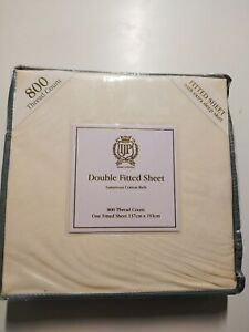 800Thread Count Cotton Rich Fitted Sheet &Pillows in Cream with extra Deep Skirt
