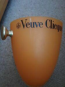 Veuve clicquot ice bucket
