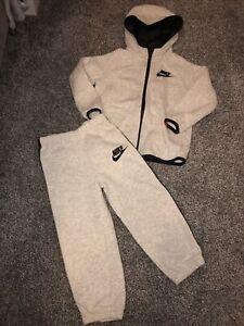Boys Nike Air Grey Tracksuit Age 2 / 3