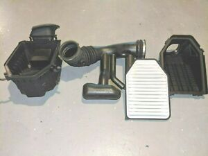 2015 DODGE CHALLENGER SRT8 OEM INTAKE WITH NEW FILTER  - Excellent Condition