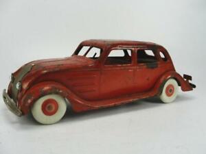 1930'S KINGSBURY TIN WIND UP CHRYSLER AIR FLOW SEDAN CAR TOY VERY NICE RARE