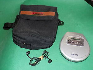 PHILIPS AX2300 Personal CD Player Walkman Silver 45 Seconds Protection in case
