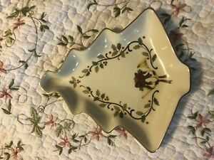 Mikasa Holiday Elegance Christmas Tree Candy Dish Porcelain Gold Rim tray plate