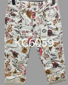 Karostar: WOW Boyfriend Baggy Capri Bermuda Jeans Hose weiss/mehrf. Gr. 38 - 48