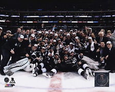 Los Angeles Kings 2014 Stanley Cup 8x10 Team Photo NHL Hockey Champions Centre