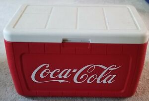 Coca-Cola/COLEMAN - Ice Chest Cooler with Food Tray
