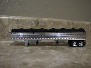 DCP 1/64 Wilson Black Tarp Chrome Sides Hopper Bottom Grain Trailer Farm Toy