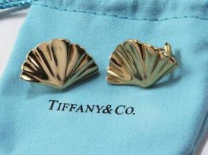 TIFFANY & CO. T&CO 18K YELLOW GOLD 1981 FAN SHELL POST WITH OMEGA BACK EARRINGS