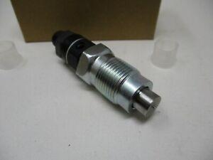Toro 114-4696 115-2295 Injector 825754 Briggs & Stratton Diesel Daihatsu Genuine