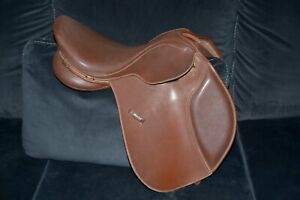 Wintec Saddle Brown - Please see pictures for measurement