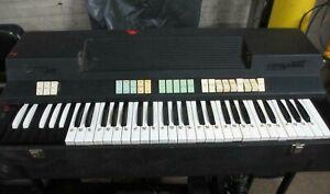 Beatufuil Vintage Farfisa Compact Organ