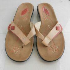 Womens Clarks Flip Flops Size: 7 Color: Brown