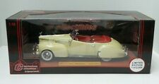 Charlestown Collections 1941 Packard Convertible 1:18 Limited Ed. w Coin  - A642