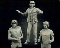 1/35 Resin Figure Model Kit US Soldiers Sherman WWII WW2 Unpainted Unassambled
