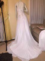 90% off Lixury Wedding Embroidery Silky dress size 10 Nicolina Ivory White