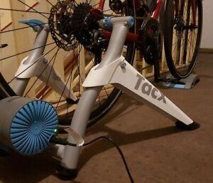 Tacx T2180 Vortex Smart Rollentrainer - Grau
