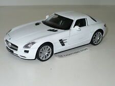 WELLY DAIMLER MERCEDES BENZ SLS AMG GULL WING DOORS 1:24 SNOW WHITE FREE SHIP