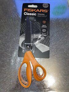 Fiskars Pinking Shears Scissors , Length 23cm - Right Hand users Stainless steel
