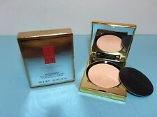 ELIZABETH ARDEN - FLAWLESS FINISH - ULTRA SMOOTH PRESSED POWDER - TRANSLUCENT 01