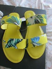 Rouge Helium Yellow Floral Slides Size 8 NWOB