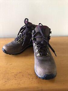 Timberland hiking boots womens size 6