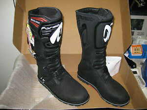 Forma Boulder Trials Bike Boots. Black. ALL SIZES 39-47. ***FREE P&P***