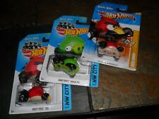 3 LOT HOT WHEELS ANGRY BIRDS MINION GREEN & RED NEW MODELS HW CITY NR MINT