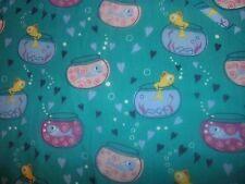 Fish Fishbowl Medical Nurse Scrub Top Shirt Women Size Large Green 2 pockets