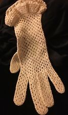Cream Colored Vintage Knitted Gloves