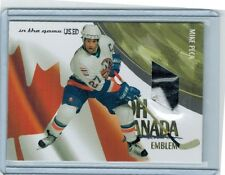 2003-04 ITG USED SIGNATURE MIKE PECA OCE-12 OH CANADA JERSEY EMBLEM /19 2-COLOR