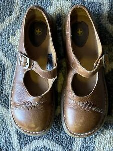 Dr. Martens 3A62 Mary Jane Light Brown Vintage Shoes Womens Size 39 7 8