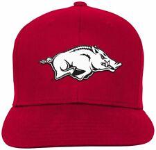 4279a5f495286 New ListingOuterstuff NCAA Arkansas Razorbacks Youth Boys Team Flat Visor  Snapback Hat NWT