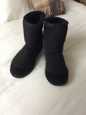 🎀 Koolaburra sheepskin boots made in Australia  5