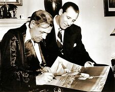 NEW YORK YANKEES  BABE RUTH SIGNING AUTOGRAPH