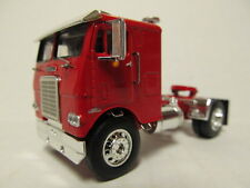 DCP 1/64 SCALE WHITE FREIGHTLINER CABOVER RED WITH RED FRAME (SINGLE AXLE)