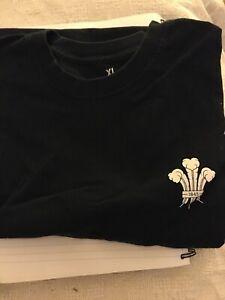 Surrey County Cricket T-Shirt Black Short Sleeve Kia Oval