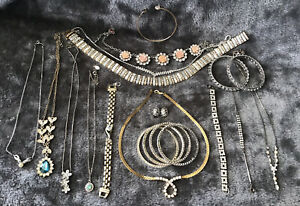 Stunning Group Of 20 Gold& Silver Diamante Necklaces, Earrings & Bracelets