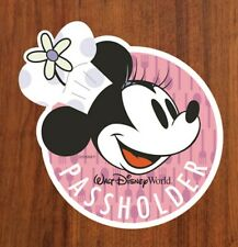 Walt Disney World Annual Passholder Magnet- Food and Wine Festival Minnie Mouse