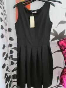 JISINET pleated BLACK dress size 12 sleeveless drop-waisted frock shift BNWT