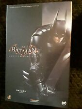Hot Toys Arkham Knight Batman