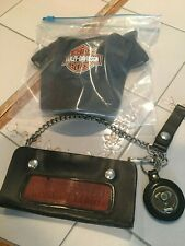 HARLEY DAVIDSON LEATHER WALLET AND MEDALLION WITH CHAIN , MADE IN USA..WITH HAT