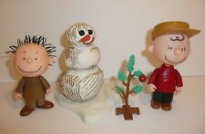 Peanuts Christmas Themed Toys Figures Lot Charlie Brown Snowman Pig-Pen Pigpen