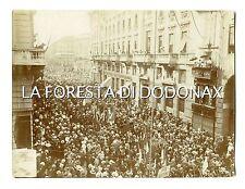 FOTO 1917 MILANO corteo guerra austria ww1 irridente e societa' politiche