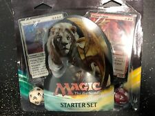 MTG Magic The Gathering Starter Set 2017 - Two 30 Card Decks and Two 20 Life Die