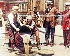 Prohibition 1920s Photo New York Police/Agents Raid Pour Alcohol/Moonshine Sewer
