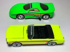 HOT WHEELS VINTAGE 1993 REVEALERS Mustang Convertible & Green Camaro