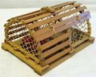 MINIATURE+LOBSTER+TRAP+Wood+%2B+Lobster+DOOR+OPENS+%26+LATCHES+Dollhouse+NAUTICAL