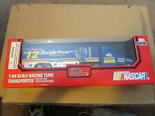 1995 RACING CHAMPIONS 1:64 DIE CAST TRANSPORTER NASCAR STRAIGHT ARROW 12